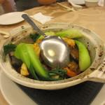 紅磡  - 牛肉と野菜の煮込み、じっくり煮込んであるんでお肉はとろける様に柔らかくなってます。