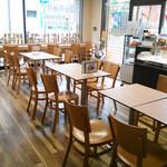 阿倍野だんご本舗 - ●テーブル 14席 ●カウンター 7席