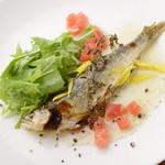 ガラクッタ - 目で見ても楽しめる美しい盛り付け『季節の魚料理』.