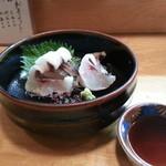 寿司割烹 西村 - イサキの湯引き