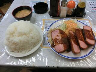レストランばーく - ハムカツ定食\700+大盛\300