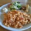 チェリオ - 料理写真:☆エビとベーコンのピラフ¥850 (増税前 … 2014年3月15日訪問 ) 野菜サラダ、厚焼き玉子、きんぴら、ポテトサラダ が ワンプレートで 。
