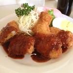 キッチンぽっと - キッチンぽっとのランチB、チキンカツ・ひと口ヒレカツ・ハムete700円(14.05)