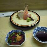 鮨割烹 なか一 - 御造りは紅白 とても美味しいヒラメが秀逸+鮪