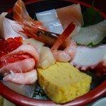 まり 本店 - 海鮮丼香林坊1500円
