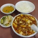 三泰号 - 麻婆豆腐定食600円 ※2014年8月