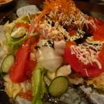 勝 - シーフードサラダ