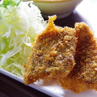 さすけ食堂 - 料理写真:鯵フライ
