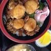 瀬棚物産 マリンショップみすぎ - 料理写真:ホタテ丼