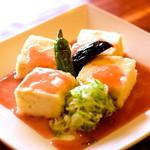 とわんち - 揚げ豆腐 梅ソース580円