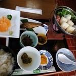 やすみや - 料理写真:きりたんぽ鍋(松)