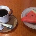 29836008 - コーヒー&フルーツ +100円!