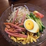 味源 - 冷麺と炒飯 ランチ セット 750円