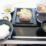 レストランウイニング - 料理写真:黒毛和牛のハンバーグランチ