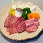 やまがたべこいち - 料理写真:和セット(上ロース、上カルビ、はらみ)