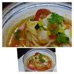 29843681 - 最初に「冷製カッペリーニ」、、トマト風味で魚介が少し入っています。お味は普通。