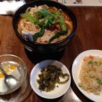 張家 - タンタン刀削麺のセット@980円