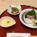 JRホテル屋久島 - 料理写真:前菜二種と刺身