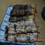 焼鳥 かつ - もつ串とせい串