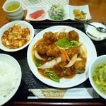 Tenfuen - 酢豚(甘酢)定食 980円