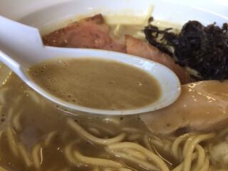 濃麺 海月 - 濃厚スープ
