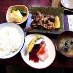 寿し秀 - 料理写真:寿し秀 @佐野 すしやの目玉焼き定食 1,000円