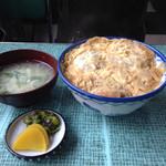 だるま食堂 - カツ丼500円