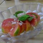 四ツ木製麺所 - トマトのフレンチサラダ