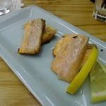 四ツ木製麺所 - 鮭のハラス焼き
