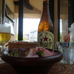 コペペ - サラダとビールと浜風