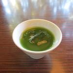 29866996 - 冷たい緑茶