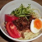 侍 - 通常600円のビビン麺、日替わりサービスで500円!