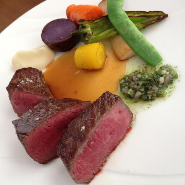La suite - ムニュー プレジール(1,650円)のメイン「本日のお肉料理(イチボ)」2014年8月