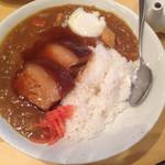 新世界菜館 - 角煮カレー卵サービス