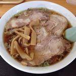 新月  - チャーシューワンタン麺