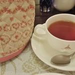 栗の木テラス - 紅茶はポットサービス