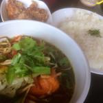 ポンポン - 野菜たっぷりスープカレー+からあげ(800+200円)