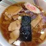 しょうらく - 料理写真:しょうゆラーメン470円!