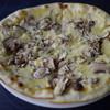 ピザ&パスタ SPADA - 料理写真:アンチョビ・マッシュルームのピッツア~☆