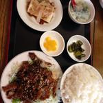 台湾料理 四季紅 - 料理写真:コマ焼きランチ