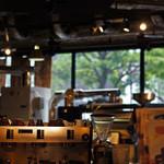 タウンスクエア コーヒー ロースターズ - 店内