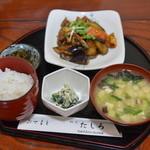 たしろ - 料理写真:なすトマト味噌炒め定食