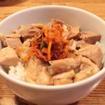 百歩ラーメン - チャーシュー丼