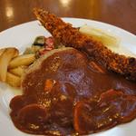 ブーズ・カフェ - 料理写真:大きなエビフライが美味しかった!