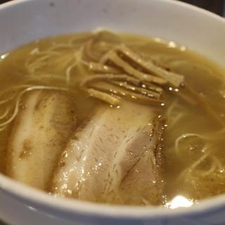 ラーメン専門店 徳川町 如水 - 料理写真:定番の塩ラーメン