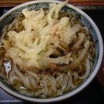 福中 - 温かい天ぷらうどん(570円、現590円)