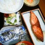 はせ川 - ブリ照り焼き定食