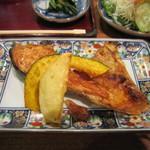 29935191 - 鮭のかま焼き