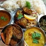 タージ ・ベンガル - 週末スペシャルセット (土日は週替わりで特別インド料理セットが登場)  インドバスマティライスが選択可(メニューによってはご用意しない週もあり)