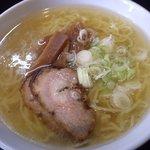 麺や 由布 - 塩ラーメン:650円